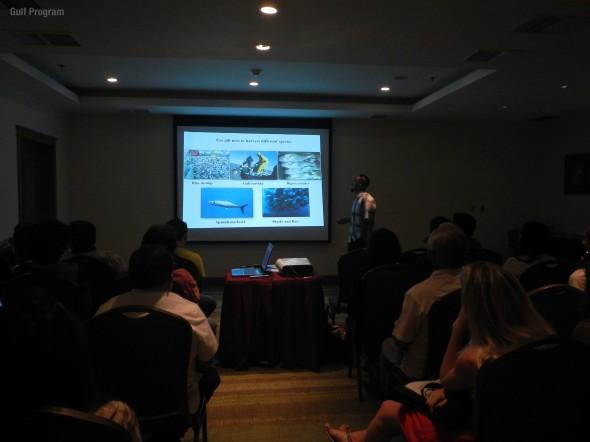 Ismael Mascareñas hablando de pesquerías.