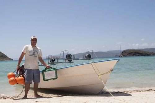 Pelayo with boat (photo- Ramiro Aguilar)